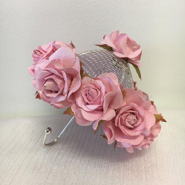 Custom made bridal shower umbrella place card _#elisaviestaco #marketing #events #design #smallbusin