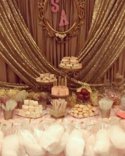 God Bless Sofia #elisaviestaco #marketing #events #design #candytable #desserttable #goldsparkle #in