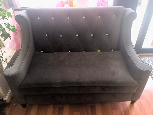 Platinum Tufted Diamond Love Seat