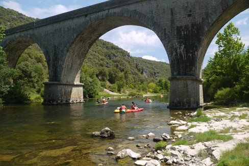 Canoeing down the L'herault