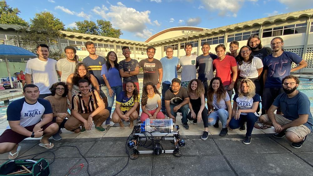 Equipe da Nautilus no dia do teste do robô em fevereiro de 2020. UFRJ Nautilus