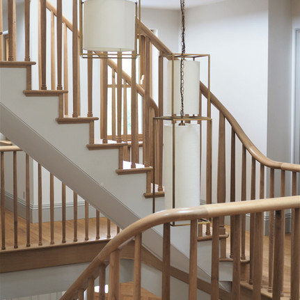 Oak staircase with continuous handrail