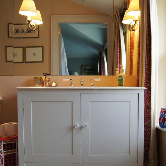 London House - vanity unit