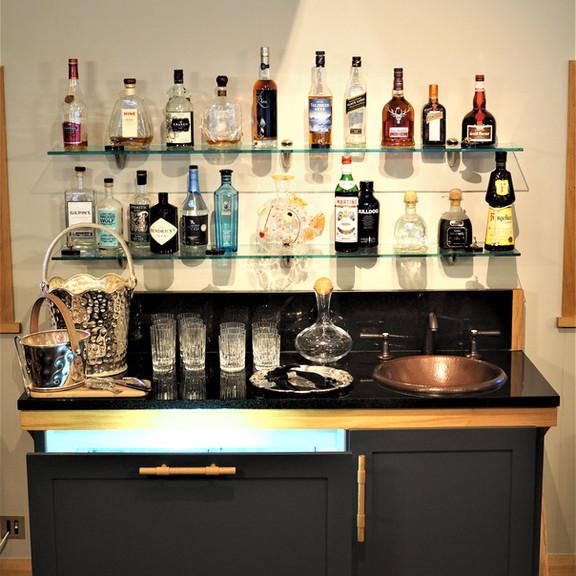 Shooting Lodge drinks cabinet