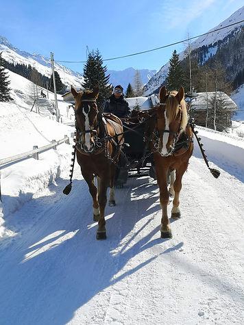 Kutschefahrten_Urnäsch_Winter1.jpg