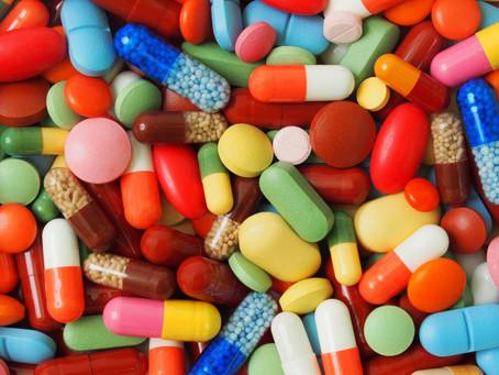 [Coluna] Sobre uso off label de medicamentos e como uma fake news foi parar no meu TCC
