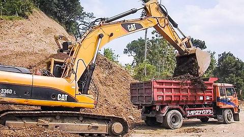 dump truck excavator.jpg