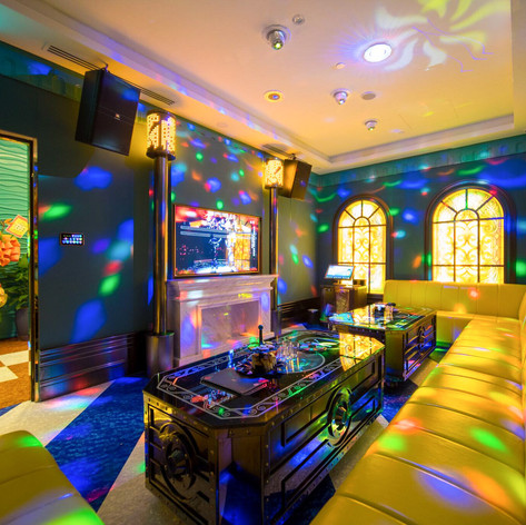 kstar-karaoke-orchard-central-deluxe-roo
