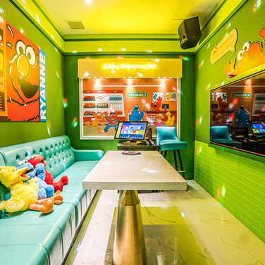 kstar-karaoke-suntec-city-mini-rooms-8.j