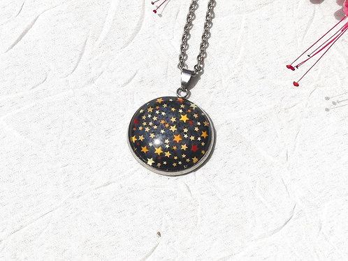 Collier étoiles dorées