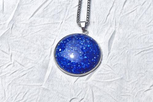 Collier bleu effet pailleté