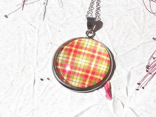 Sautoir collier madras rouge vert jaune