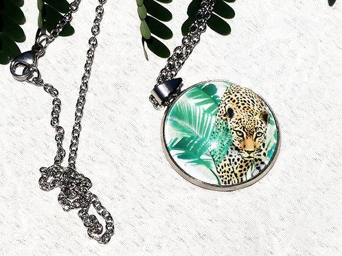 Collier feuillage vert, jaguar