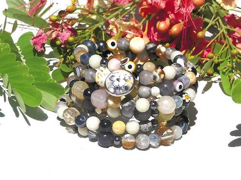 Bracelet manchette perles de gemmes