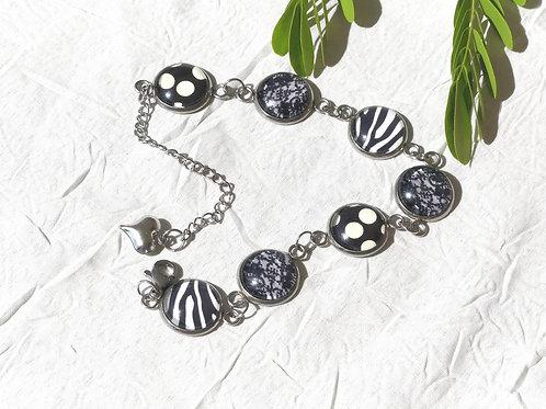Bracelet multi cabochons noir et blanc