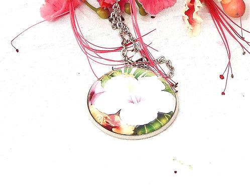 Collier hibiscus blanc