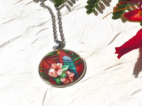 Collier perruche rouge