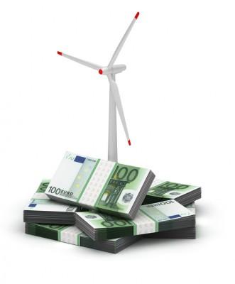 Nous dénonçons les profits hors normes des opérateurs éoliens financés par l'argent public .