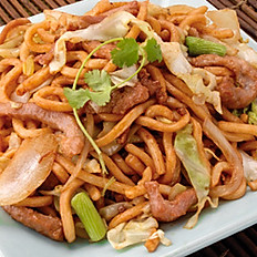 Shredded Pork Lo Mein | 肉絲粗炒麵