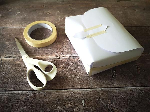 Paper prototype of a handbag