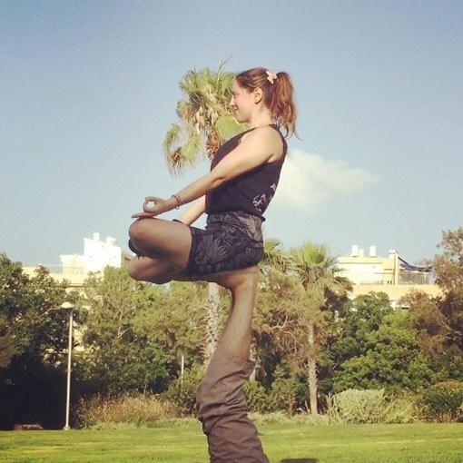 #acroyoga #yoga #flying #balance #yogaday #sunnyday #calmlife #acroyogafun