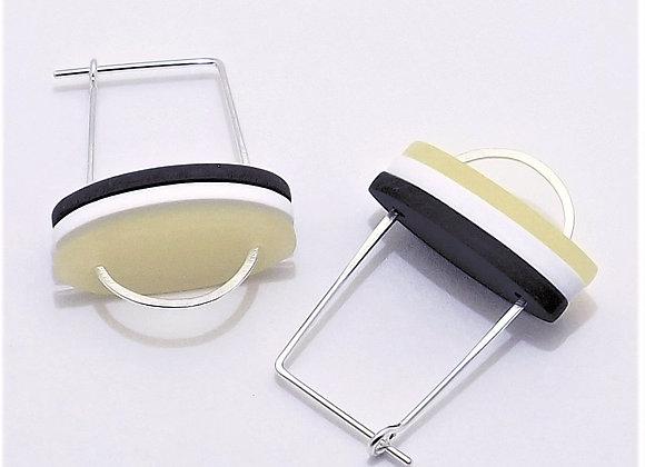 Oval Slat Stack Earring