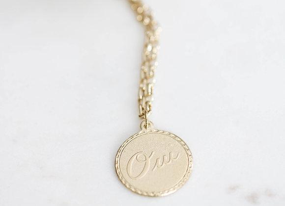 Collier médaille Oui