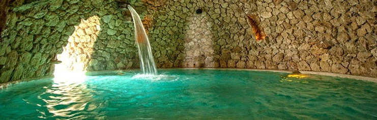 La Gruta hot springs, 20 minutes from our property