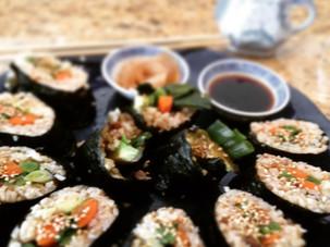 How to make Veggie Sushi Rolls (video)