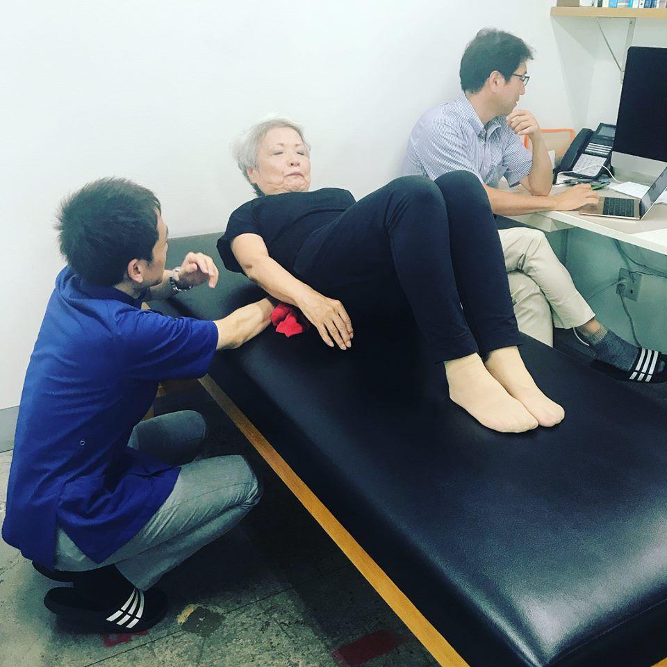 腰痛・脊柱狭窄症の方のためのピラティス