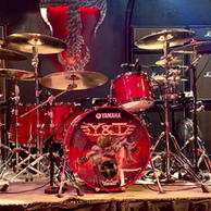 Mike Vanderhule - Y&T USA Kit Front Stage Right