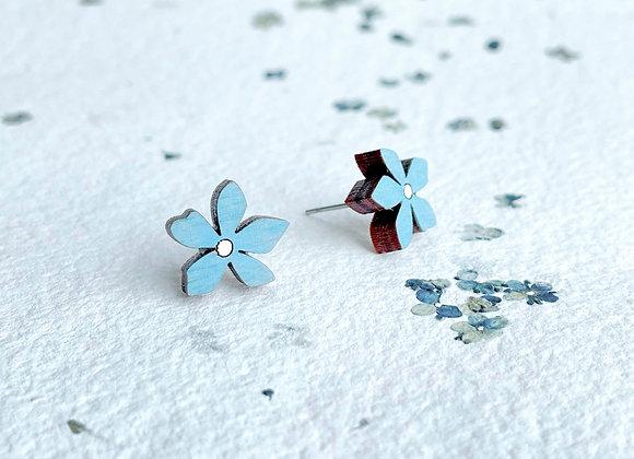 Květinové náušnice / světle modrá