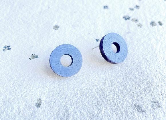 Dřevěné náušnice kruhy porcelánová modrá