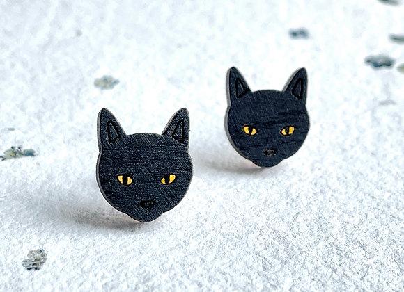 Dřevěné náušnice černé kočky