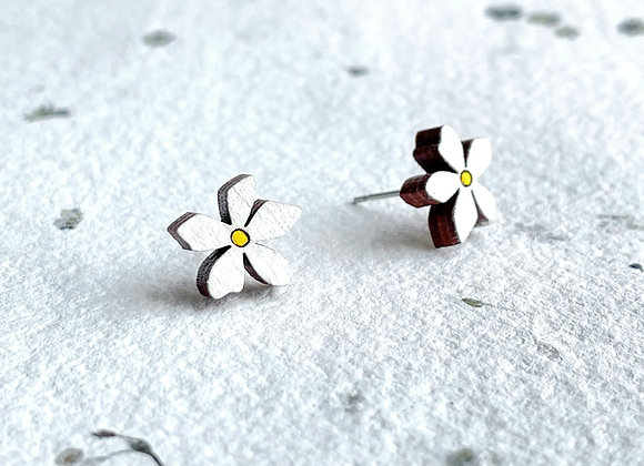 Květinové náušnice /bílá