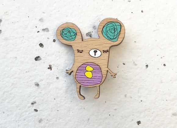 Dřevěná brož myška
