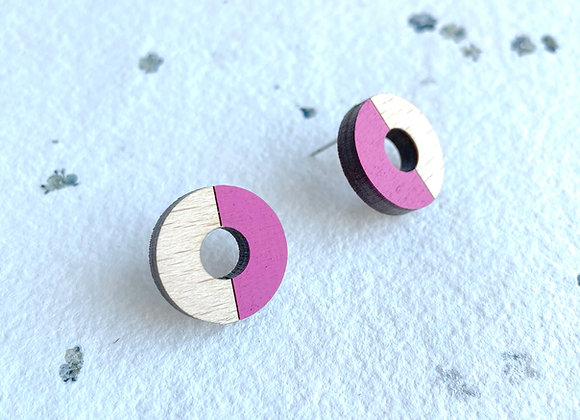 Dřevěné náušnice kruhy magenta