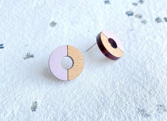 Dřevěné náušnice kruhy pastelová růžová