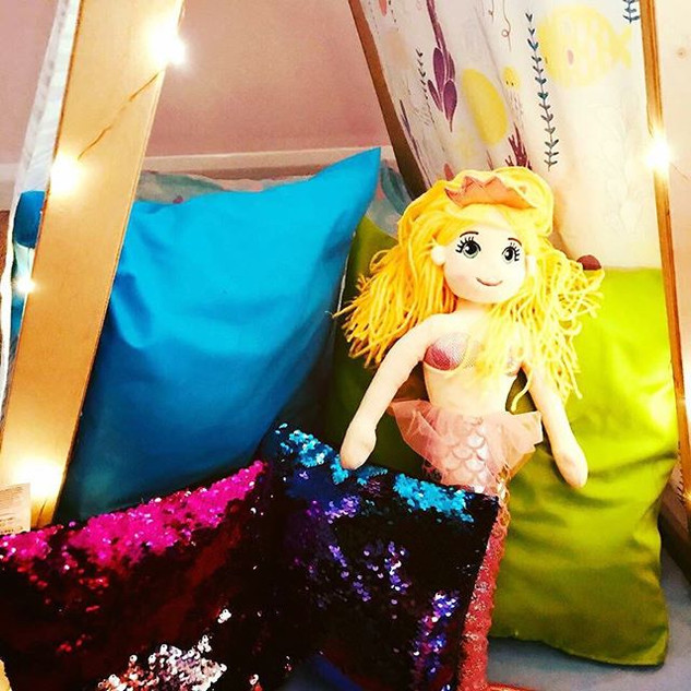 When I grow up I want to be a mermaid! •