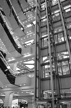 elevators-3237624_960_720.jpg