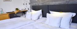 Hotel-Hansen-Doppelzimmer-1216_102-1024x