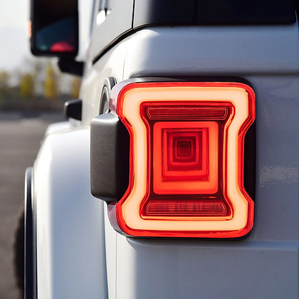 VLAND JL Tunnel Tail Light -RED Clear Lens
