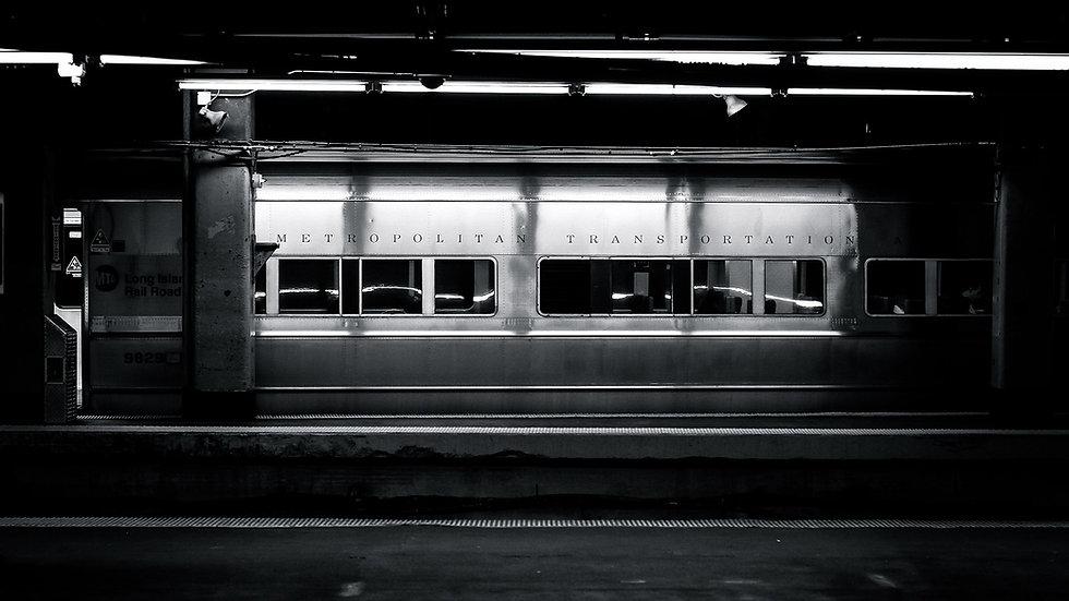 6992729-train-subway.jpg