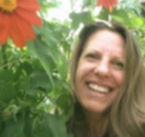 Marianne Bio Pic (1)_edited.jpg