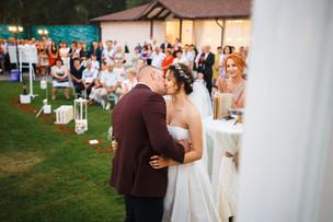 Ești peste hotare dar vrei o nuntă în Moldova?
