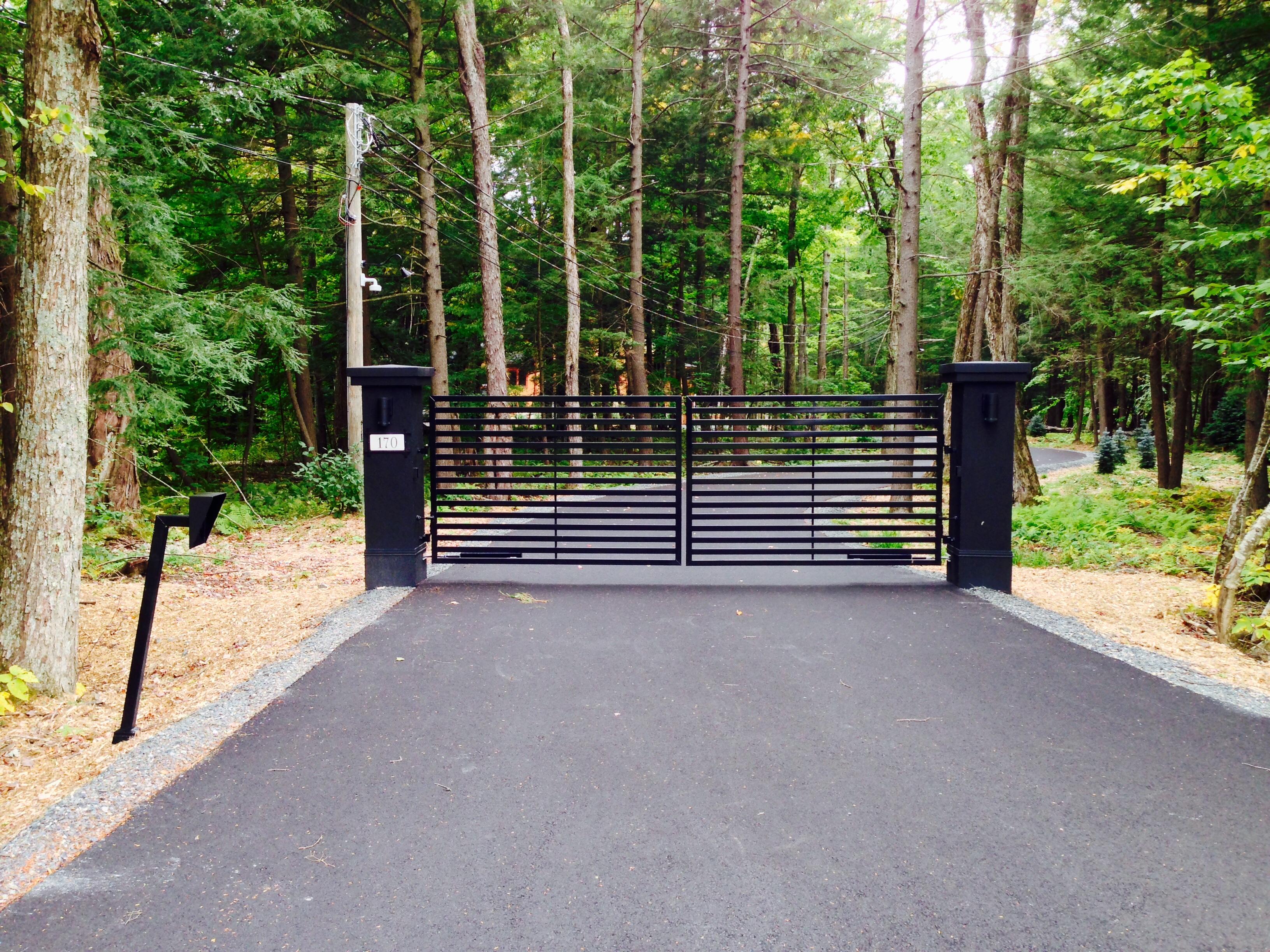 #1 | Modern gate