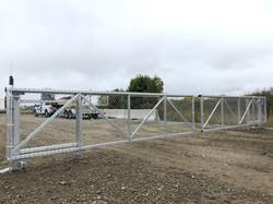 #98 | Industrial sliding gates
