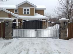 #30 | Aluminium gate
