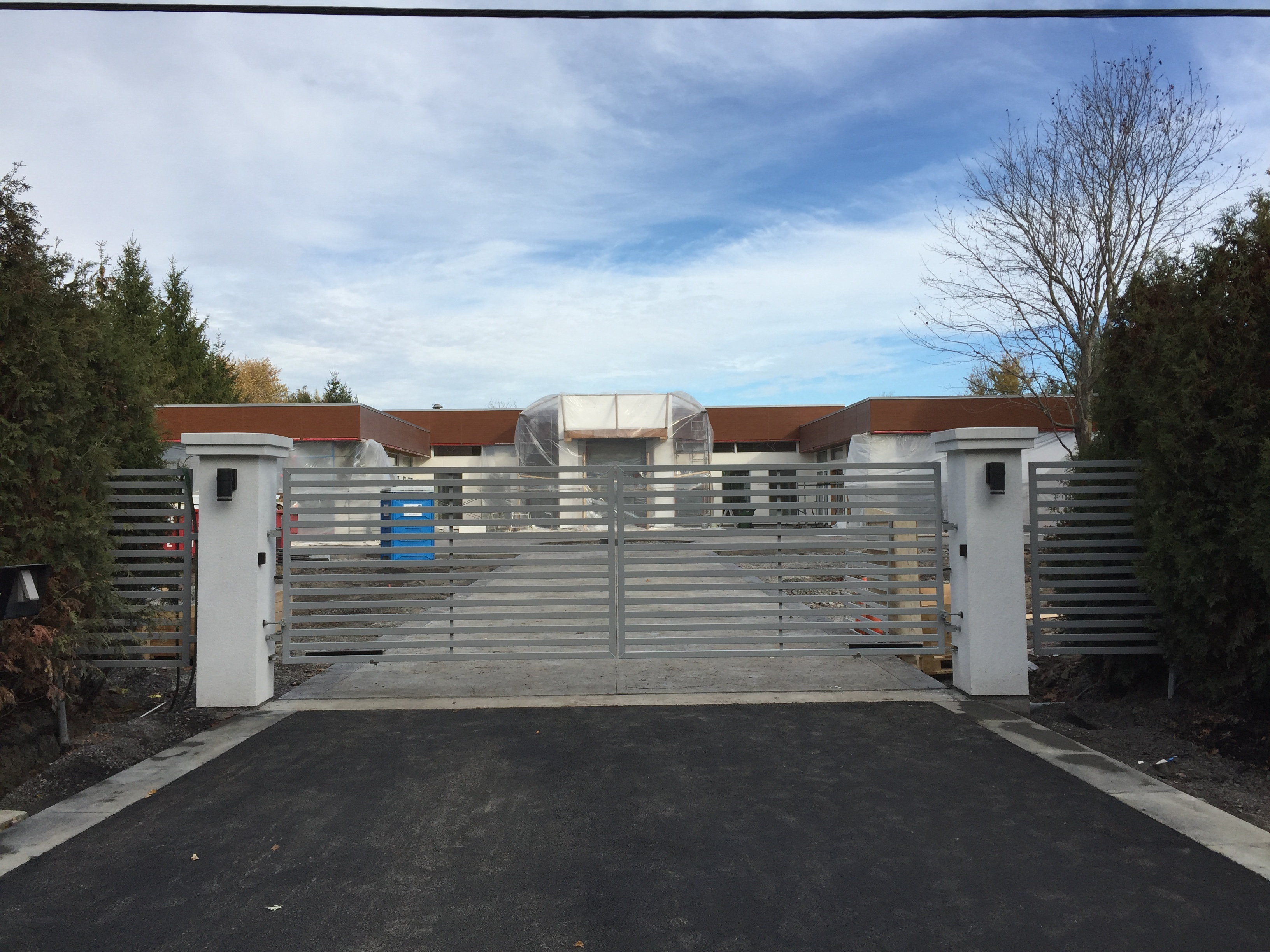#3 | Modern gate