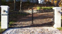 #15 | Aluminum driveway gate